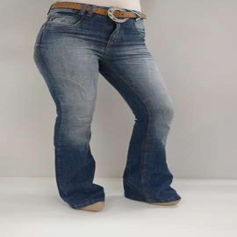 f602b84b1 CALCA FLARE EMPORIO ST2512 - Jeans - Delabela