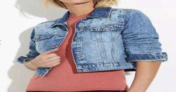 87c173daab JAQUETA JEANS CROPPED FEMININA HERING H86U - Jeans - Delabela